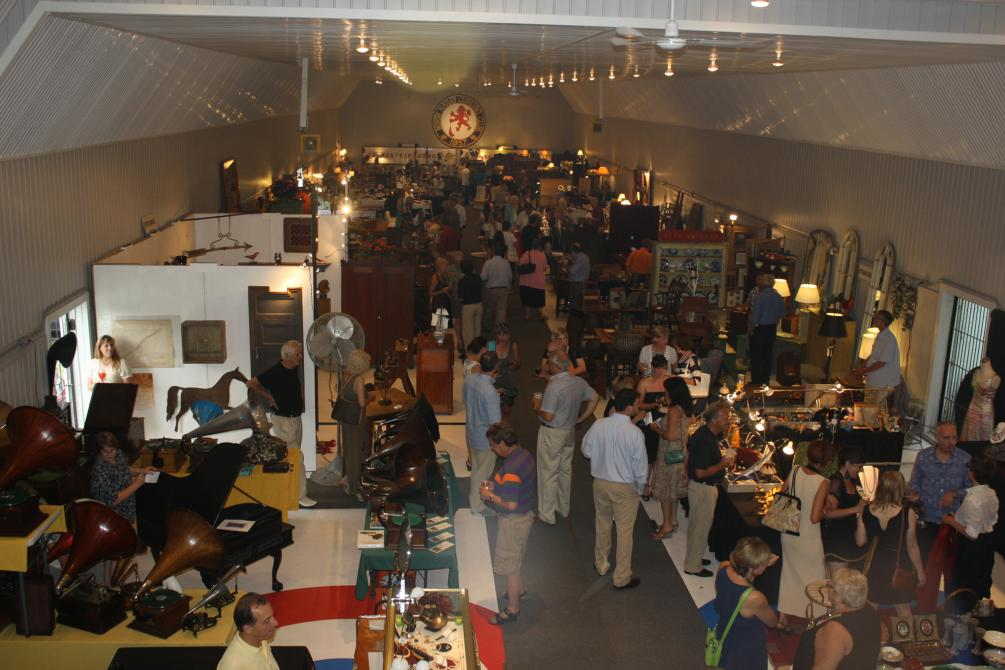 Salon des Antiquités et d'Arts Populaires de North Hatley : North Hatley